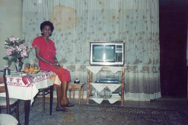 http://martabogdanska.com/files/gimgs/th-23_Butary mother posing 04.jpg