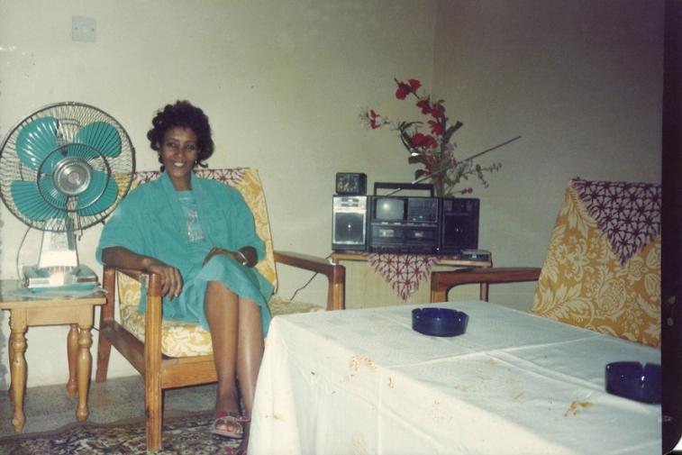 http://martabogdanska.com/files/gimgs/th-23_Butary mother posing 19.jpg